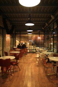 大阪のカフェで英会話力が伸びるのか